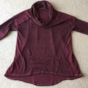 We the Free sweater top sz M cowl neck.
